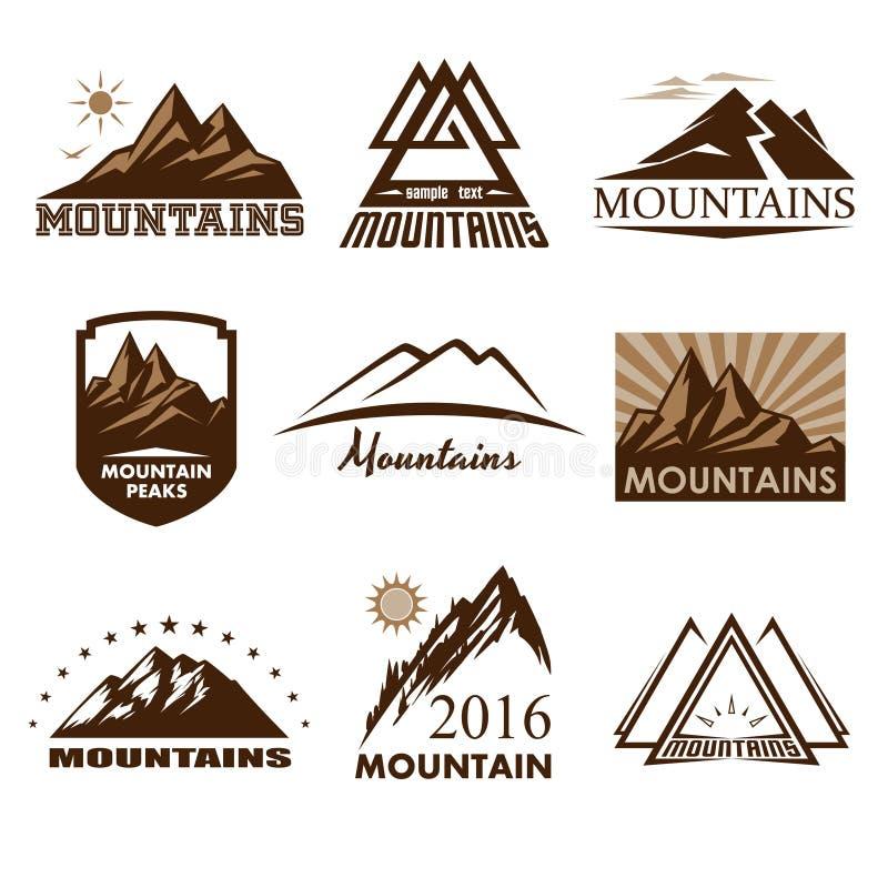 Logotipos de las montañas fijados stock de ilustración
