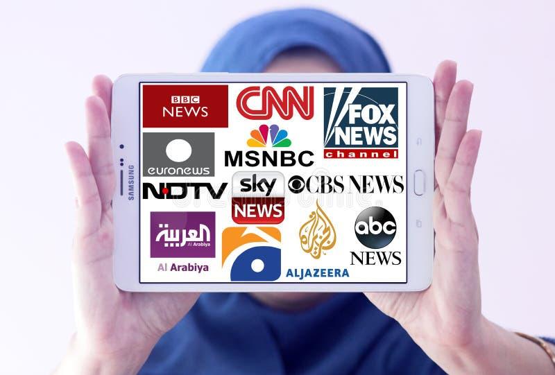 Logotipos de los canales de noticias famosos superiores y de las redes de la TV foto de archivo libre de regalías