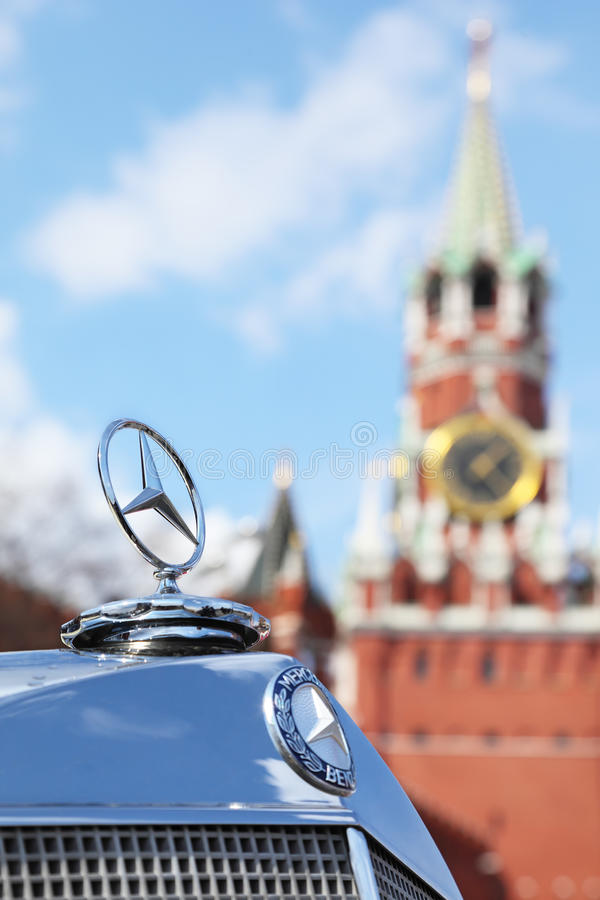 Logotype dell'annata Mercedes-Benz fotografia stock