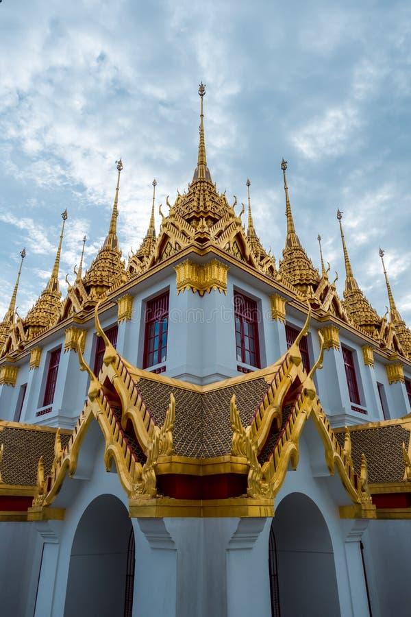 Loha Prasart или замок металла на Wat Ratchanadda на Бангкоке, Таиланде стоковые изображения rf