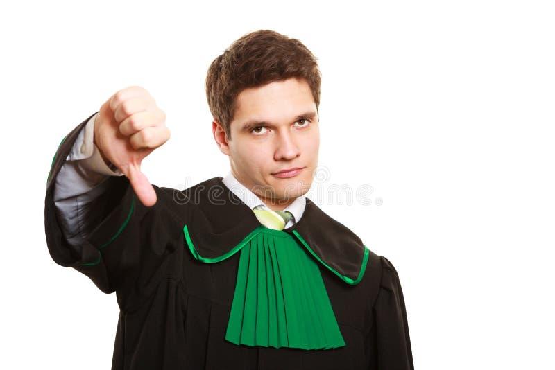 Download Loi Équipez L'avocat Dans La Robe Polonaise Montrant Le Pouce Vers Le Bas Image stock - Image du juge, verticale: 45361599