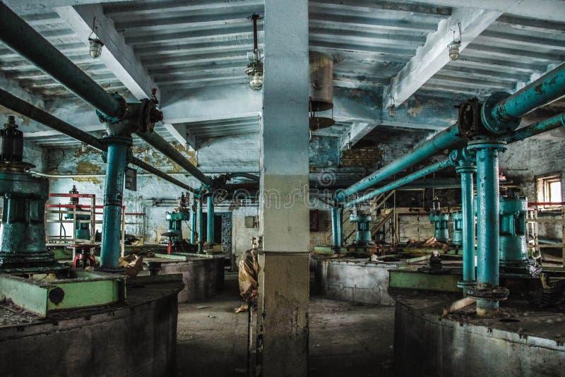 Loja abandonada da fábrica imagem de stock royalty free