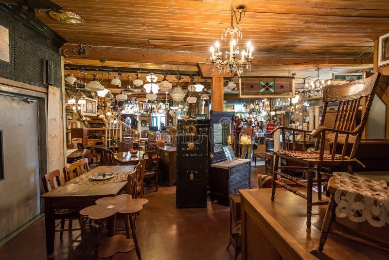 A loja antiga fotografia de stock