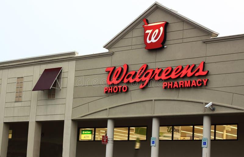 Loja da farmácia de Walgreens imagens de stock