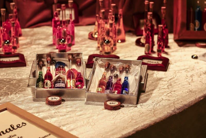 Loja da fragrância na rua imagem de stock royalty free