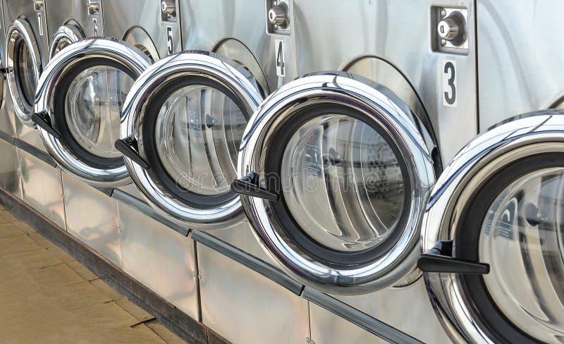 Loja da lavanderia fotografia de stock