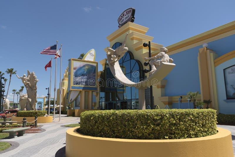 Loja da ressaca do ` s de Ron Jon na praia Florida EUA do cacau fotos de stock