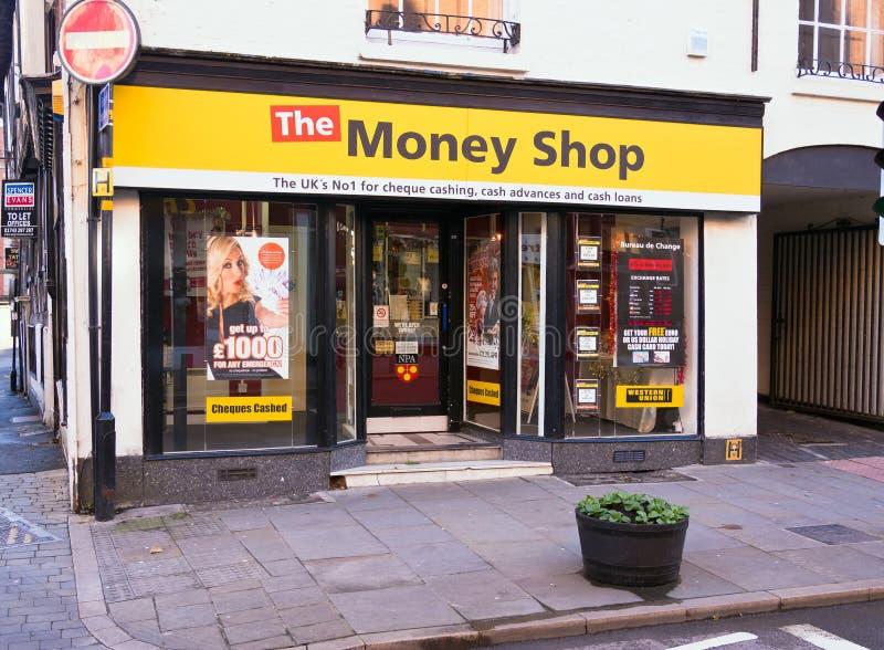 Loja de dinheiro da rua principal imagem de stock