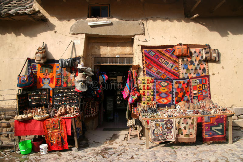 Loja de lembrança em Peru imagens de stock royalty free