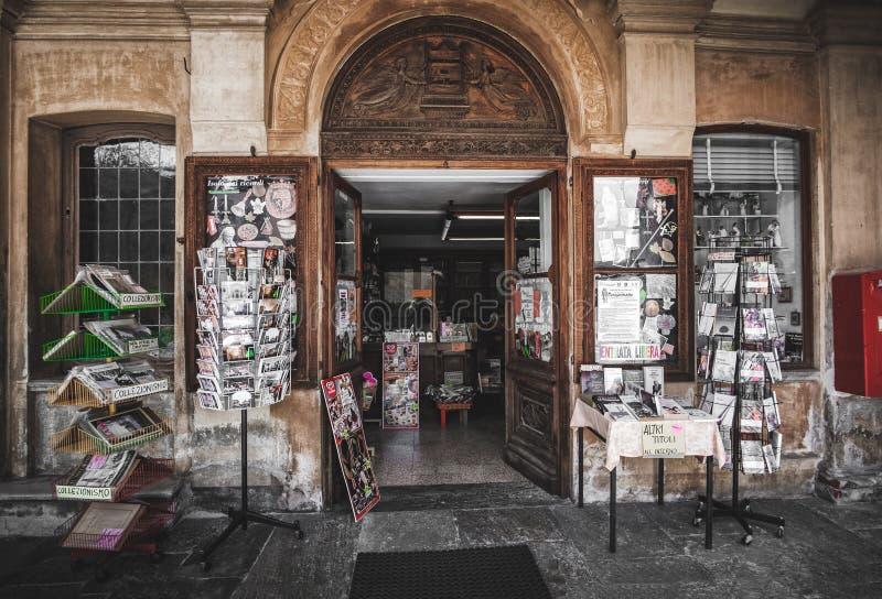 Loja de lembrança Varallo do vintage Sesia Sacro Monte Vercelli Italy fotografia de stock