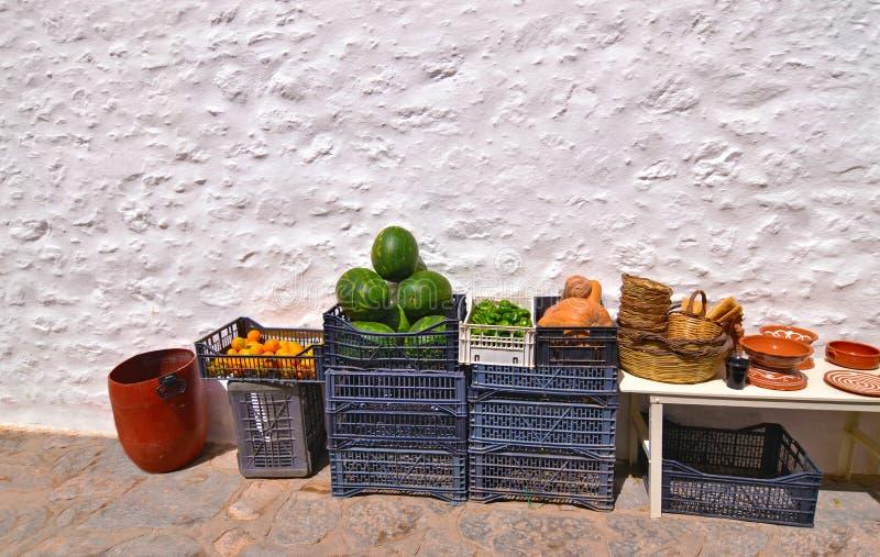 Loja de mantimento com ilha do Egeu Grécia dos frutos foto de stock royalty free
