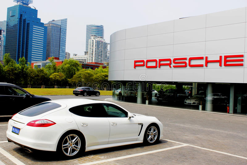Loja de Porsche foto de stock royalty free