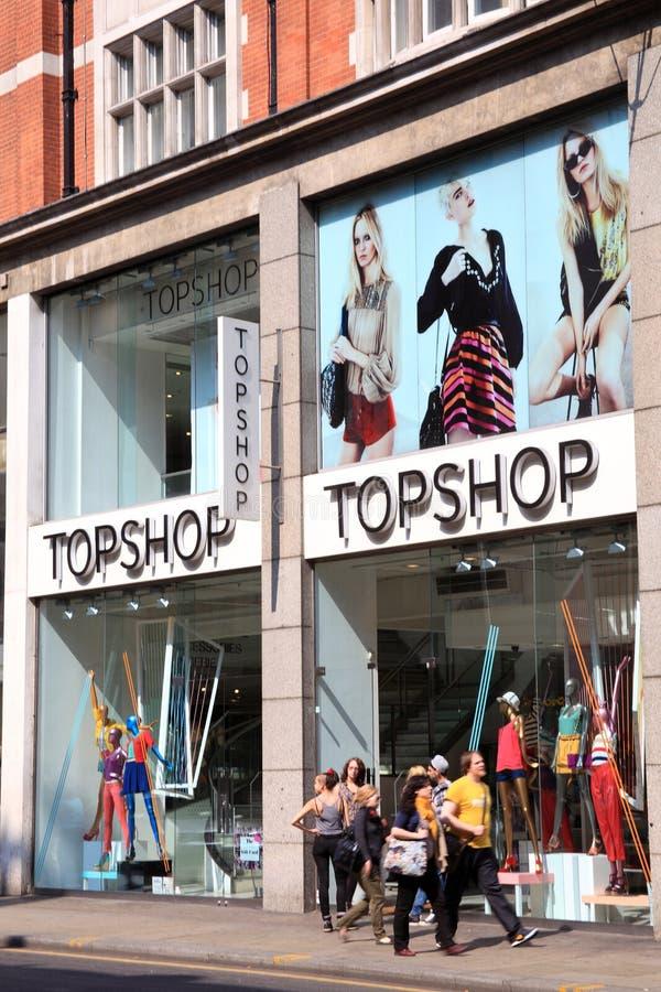 Loja de roupa de Topshop fotografia de stock royalty free