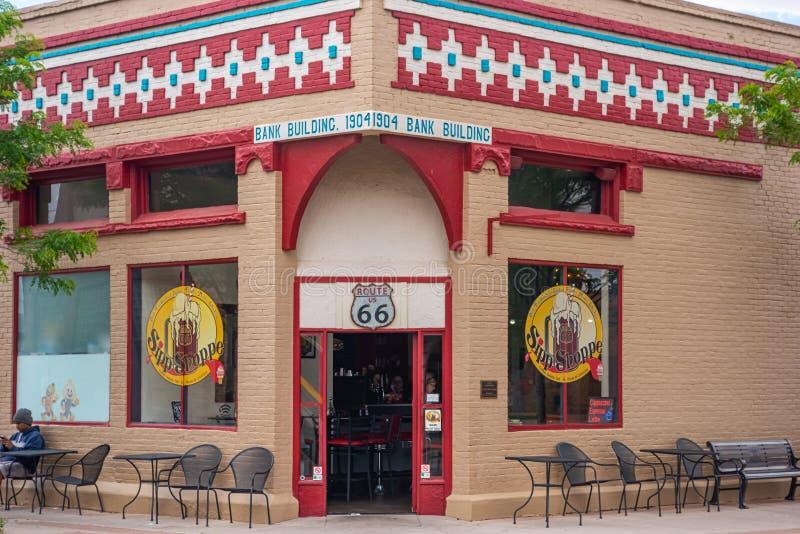 Loja de Sipp onde você stan no canto em Winslow Arizona fotos de stock royalty free