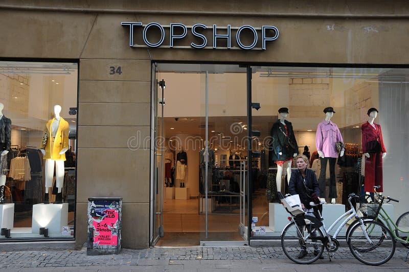 Loja de Topshop em Copenhaga em Copenhaga foto de stock