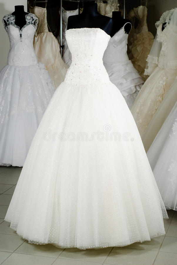 Loja de vestido do casamento fotografia de stock