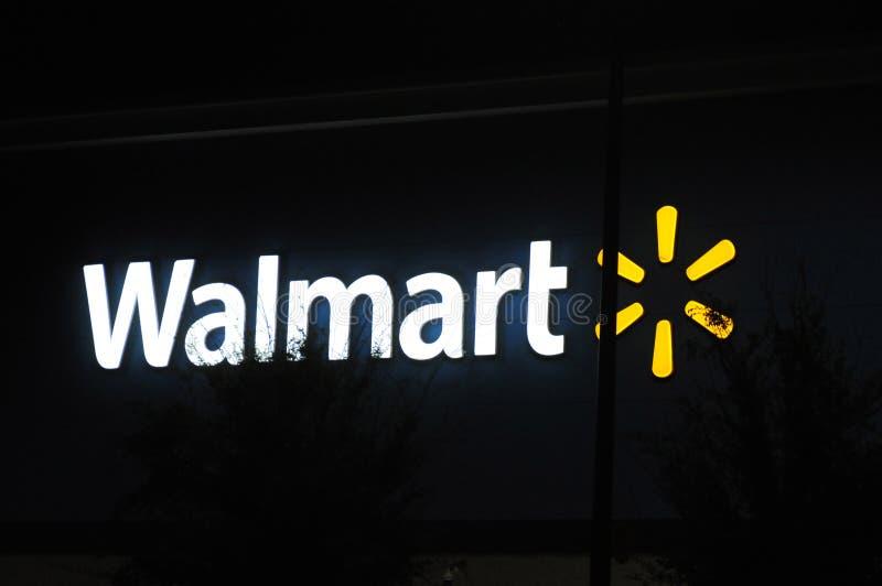 LOJA DE WALMART EM ORLANO FLORIDA EUA imagem de stock royalty free