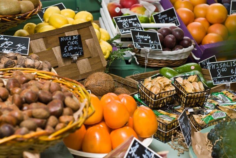 Loja do fruto & dos vegetais fotos de stock royalty free
