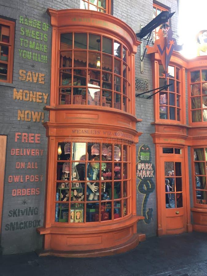 Loja do gracejo em Harry Potter World em Universal Studios em Orlando, Florida imagens de stock royalty free