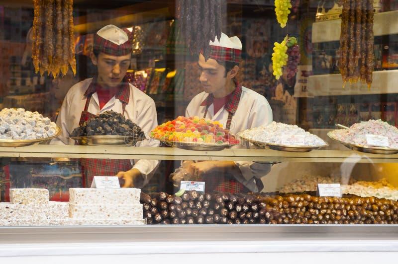 Loja dos doces de Istambul imagens de stock royalty free