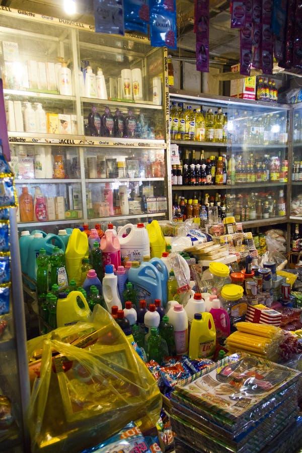 Loja no mercado molhado de Siem Reap Camboja imagem de stock