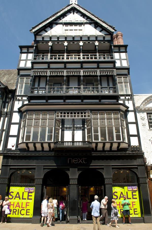 Loja seguinte, rua de Foregate, Chester, Cheshire, Reino Unido imagens de stock royalty free