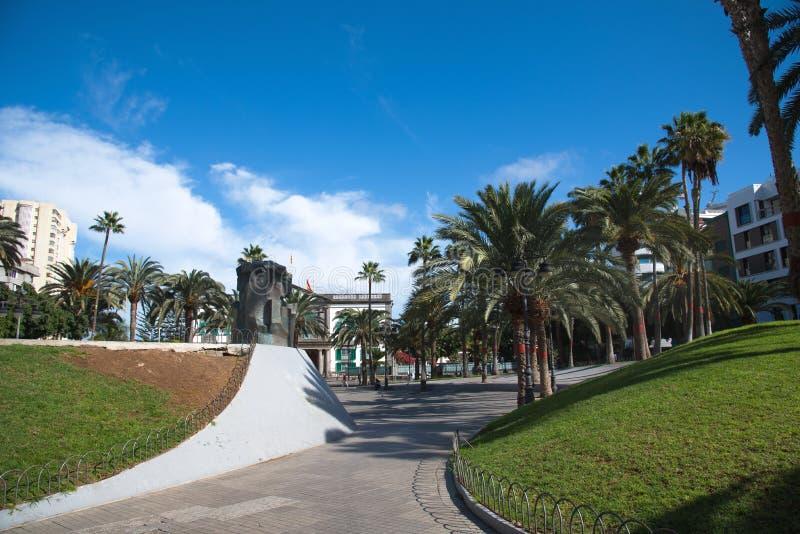 Lokaal vierkant die Pleinde La Feria in het Triana-District in Las Palmas wordt gevestigd stock foto's