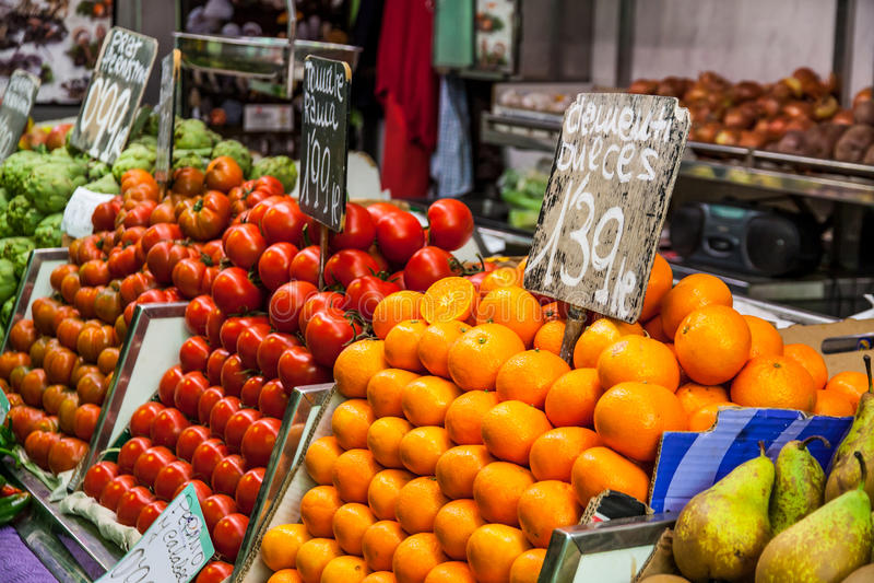 Lokal matmarknad arkivbilder
