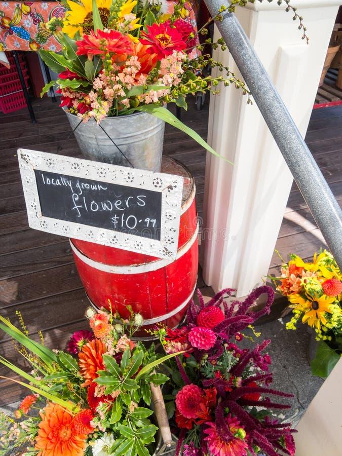 Lokale bloemen voor verkoop royalty-vrije stock foto