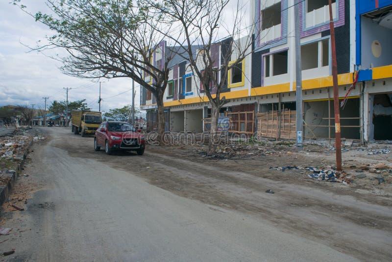 Lokale Opslagvoorwaarde op Talise na Tsunami Palu op 28 September 2018 stock afbeelding
