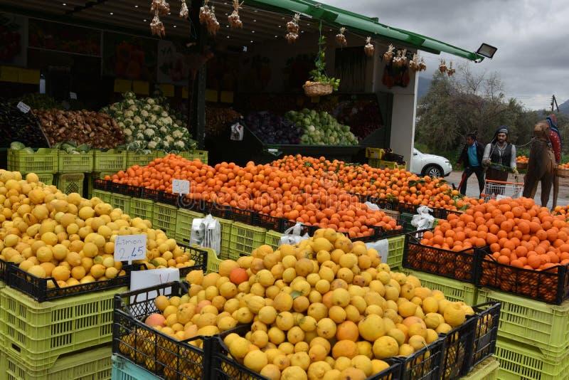 Lokale Produkte auf Markt in Zypern lizenzfreie stockfotos
