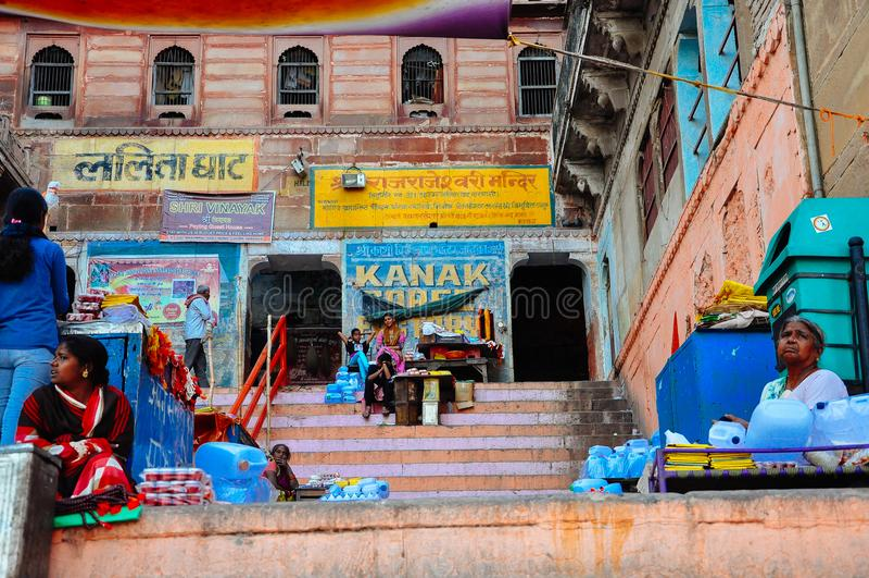 Lokale Verkäufer in Varanasi, Indien lizenzfreies stockfoto