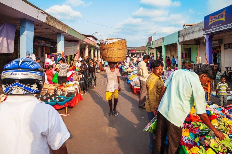 Lokales Markteinkaufen in Indien stockfotos