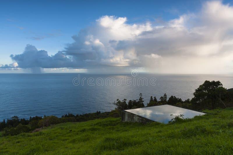 Lokaliserat regna fotografering för bildbyråer