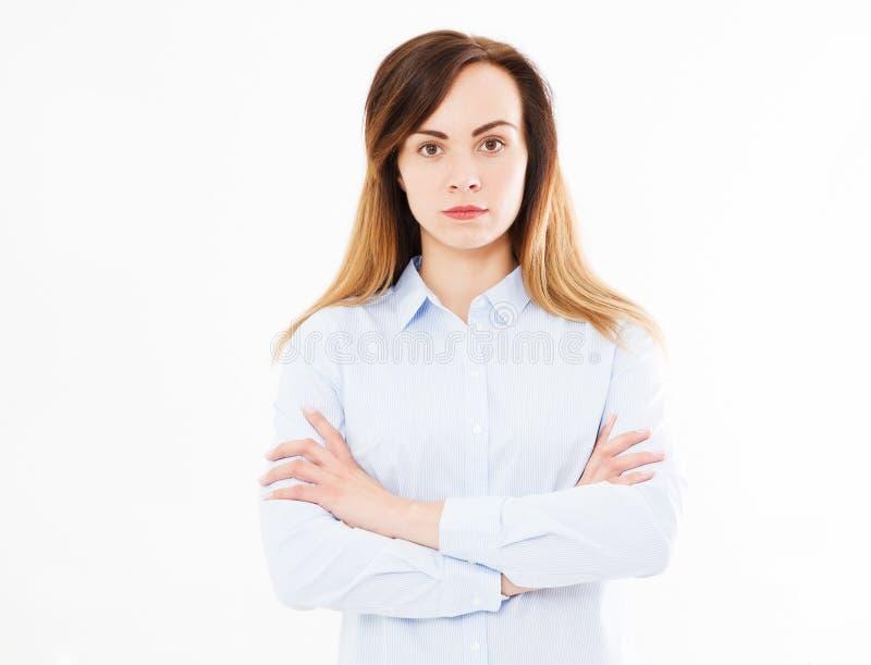 Lokalisiertes Porträt der modernen Geschäftsfrau mit den gekreuzten Armen, Mädchen im Hemd Überzeugter junger Manager, Kopienraum stockbilder