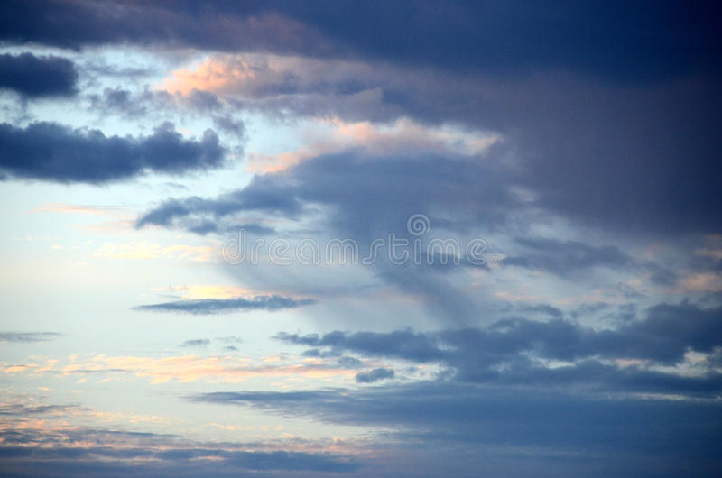 Lokalna precypitacja w chmurze zdjęcie stock