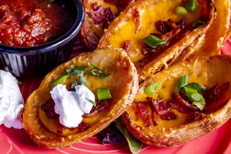 Lokalny Prętowy i grill tawerny jedzenie obrazy stock