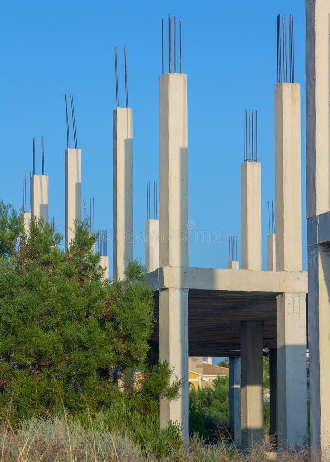 Lokalowa budowa z podstawami w widoku obrazy stock