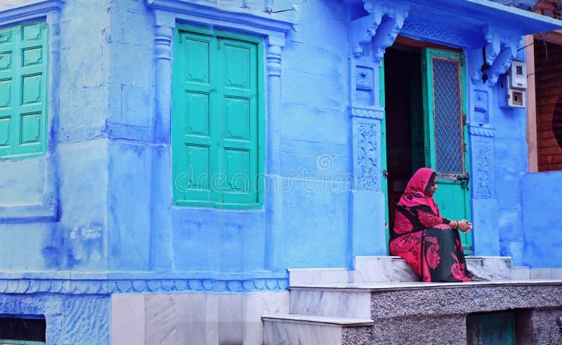 LokalRajasthani damer i Jodhpur, Indien arkivfoton