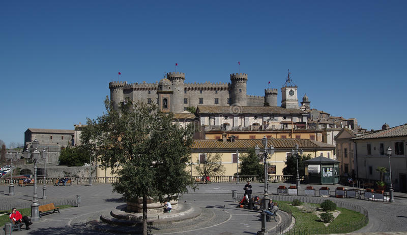 Lokalt liv i Bracciano royaltyfri fotografi