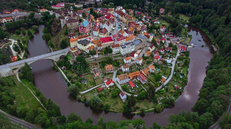 Loket in de meander van de rivier Ohre royalty-vrije stock foto