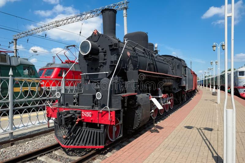 Lokomotiv Ea - 2450 arkivfoton