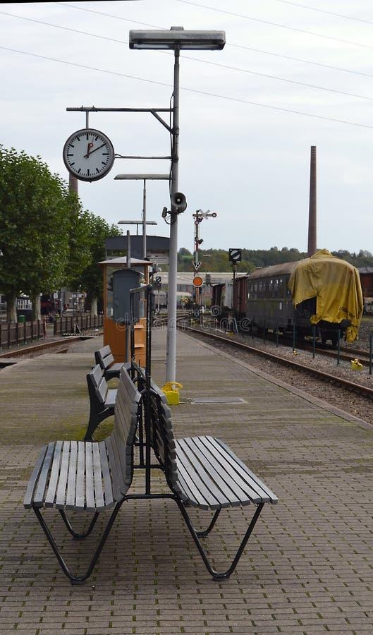 Lokomotive der alten Art lizenzfreie stockfotos