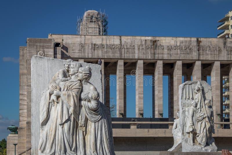 Lola Mora Sculptures na bandeira nacional Monumento memorável Nacional um la Bandera - Rosario, Santa Fe, Argentina foto de stock royalty free