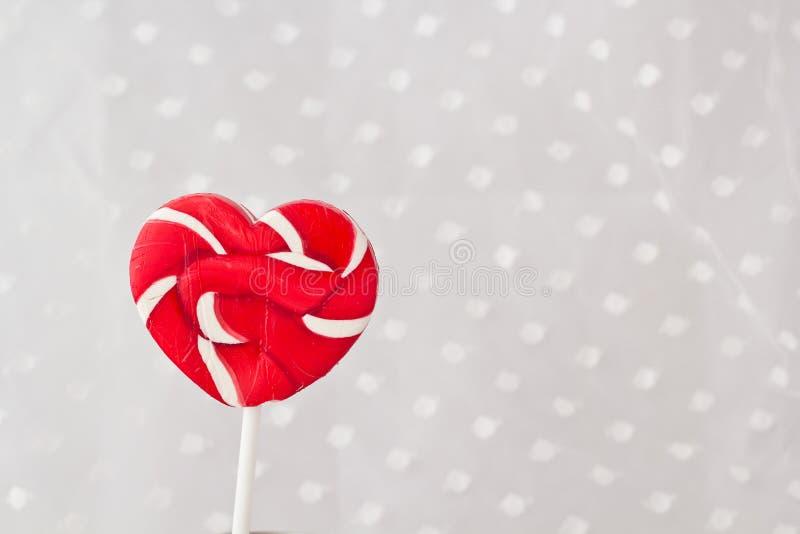 Lollipop στη μορφή καρδιών στοκ εικόνα