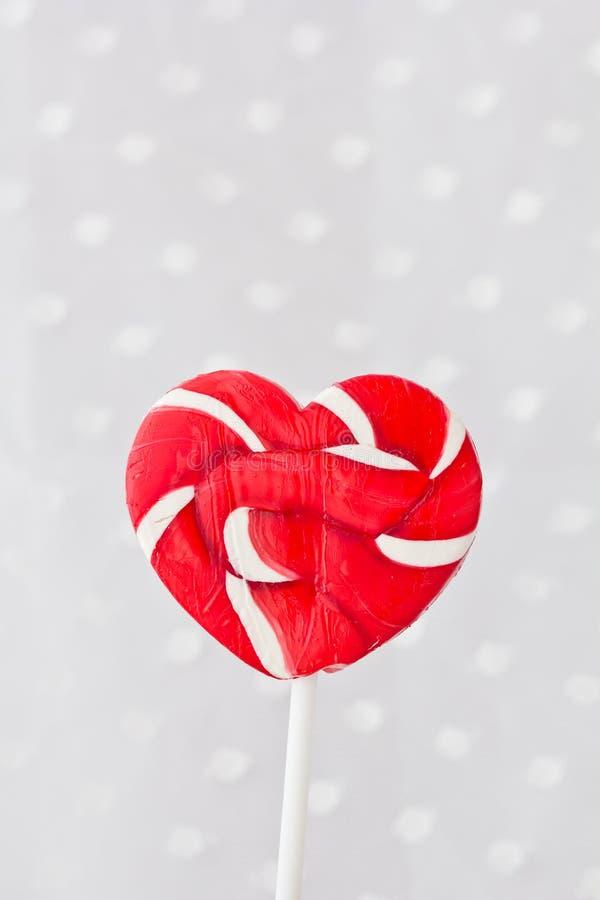 Lollipop στη μορφή καρδιών στοκ φωτογραφία