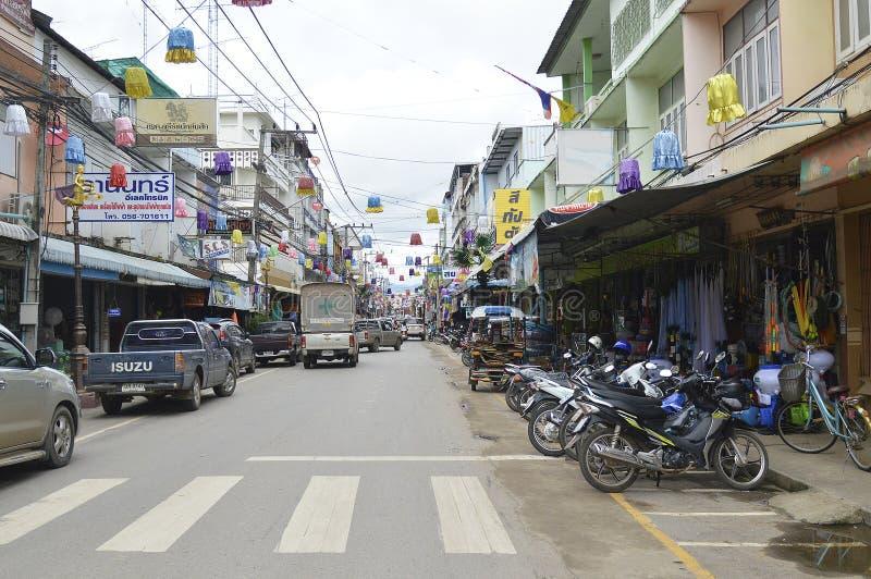 Lom Sak Municipality Street sikt i Thailand fotografering för bildbyråer