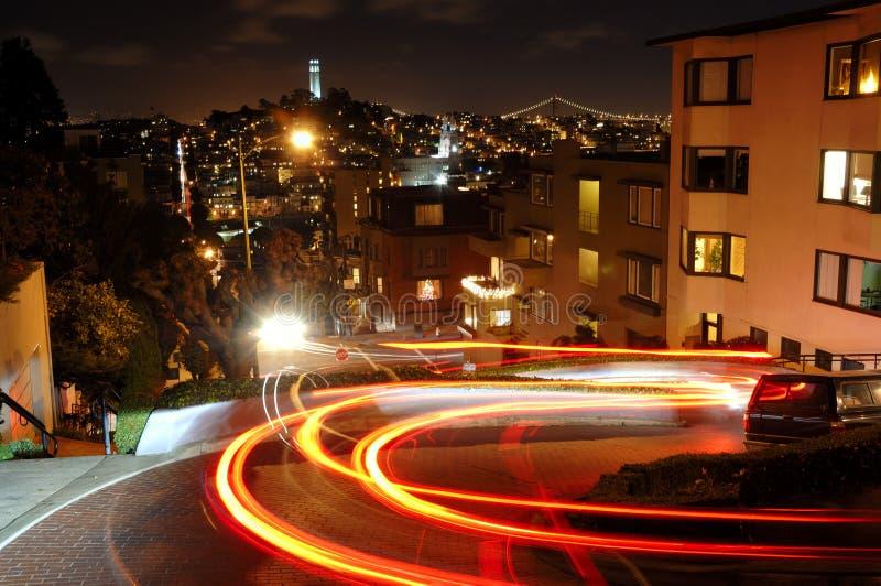 lombard οδός νύχτας στοκ φωτογραφία με δικαίωμα ελεύθερης χρήσης