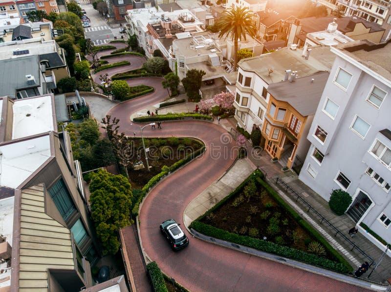 Lombard Straat in San Francisco Toeristische attractie stock foto's