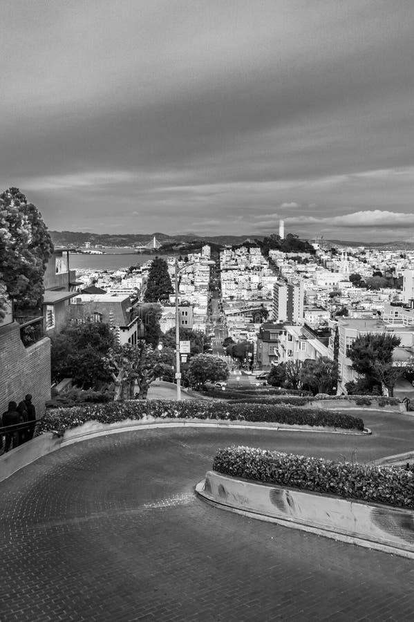 Lombard Street-zwart-witte mening, stock foto
